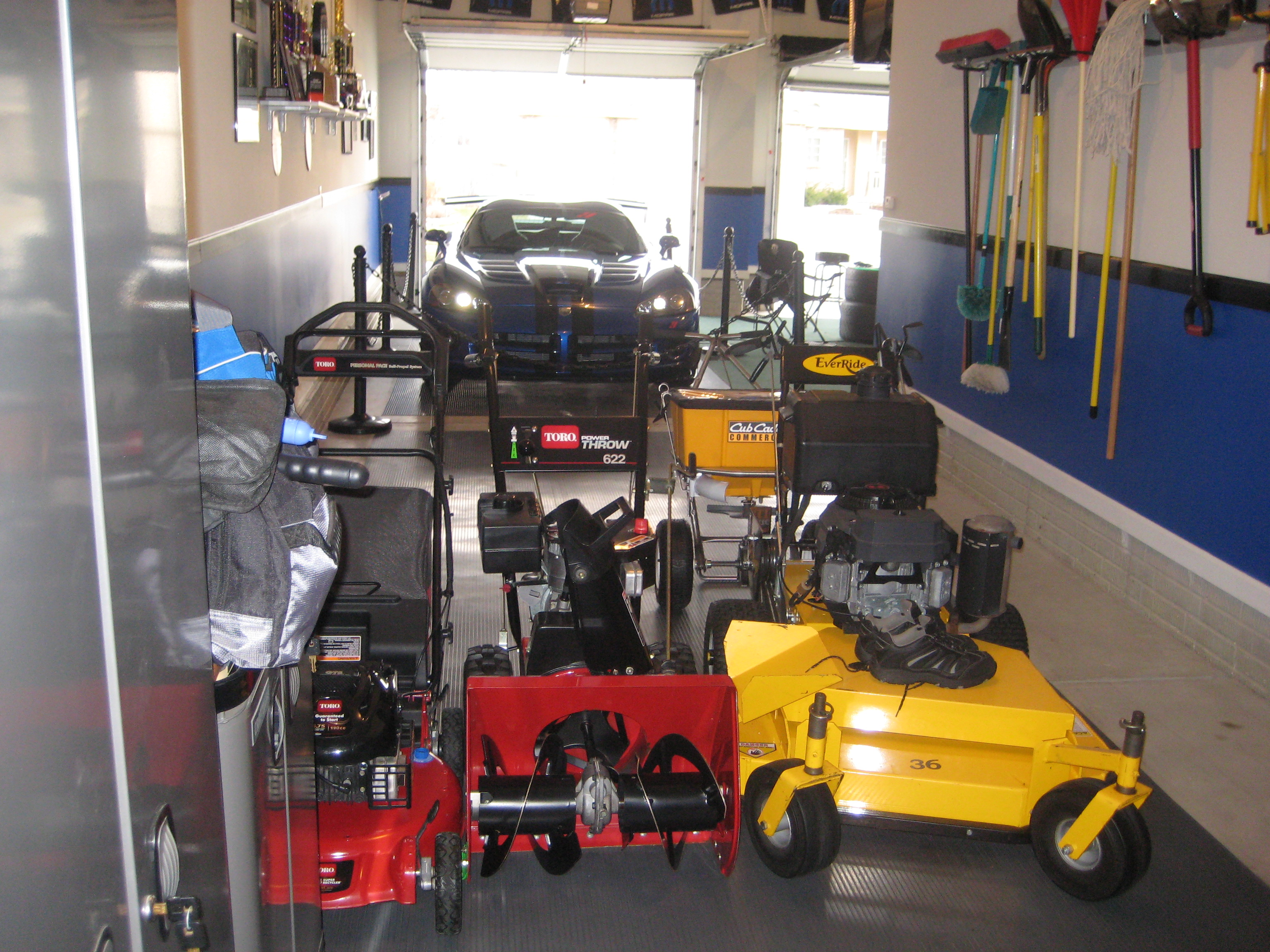 Man Cave Yard Sale Of The North : High impact performance mopar auto club bruce s man cave
