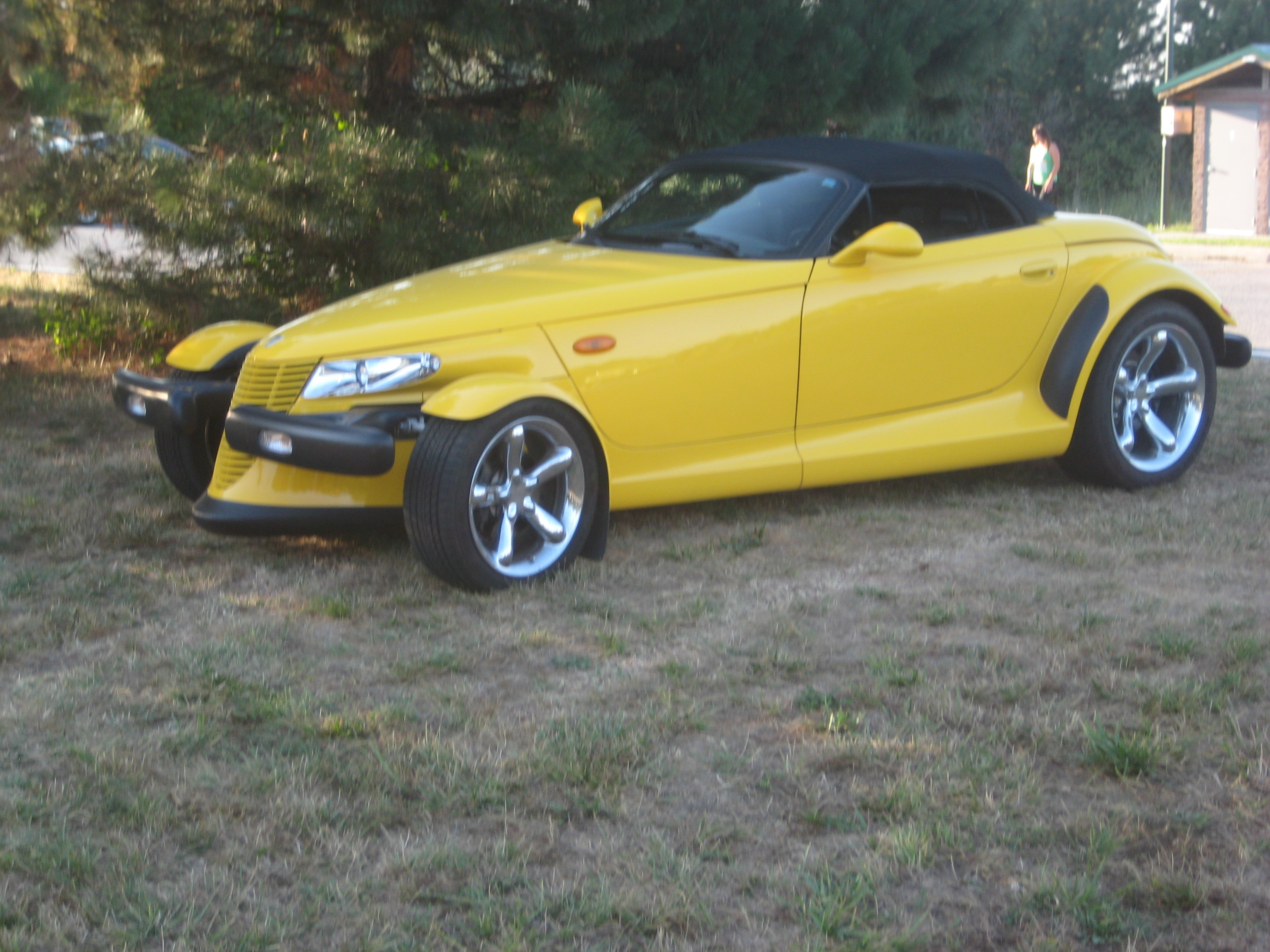 High Impact Performance Mopar Auto Club -Tom\'s Plymouth Prowler
